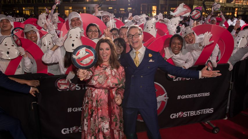 Melissa McCarthy und Paul Feigbeim Ghostbusters-Weltrekord in Singapur