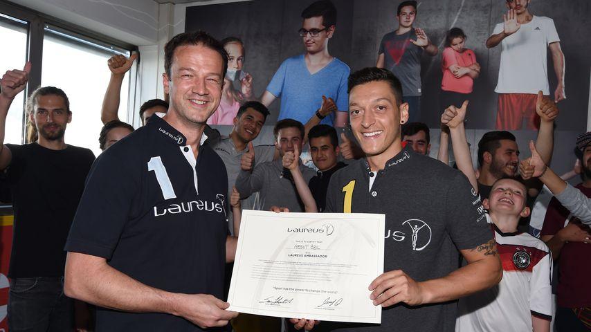 Kurz vor EM 2016: Mesut Özil zum Laureus-Botschafter ernannt