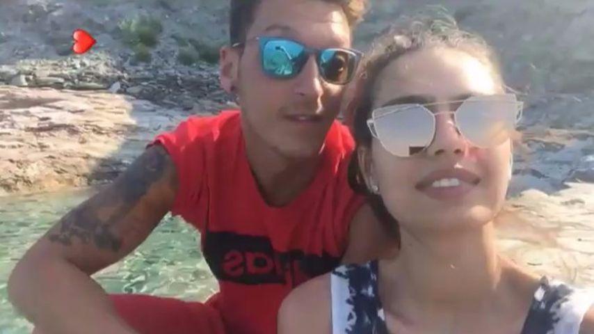 Ist Mesut Özil vergeben? 1. Liebes-Selfie mit Miss Türkei!