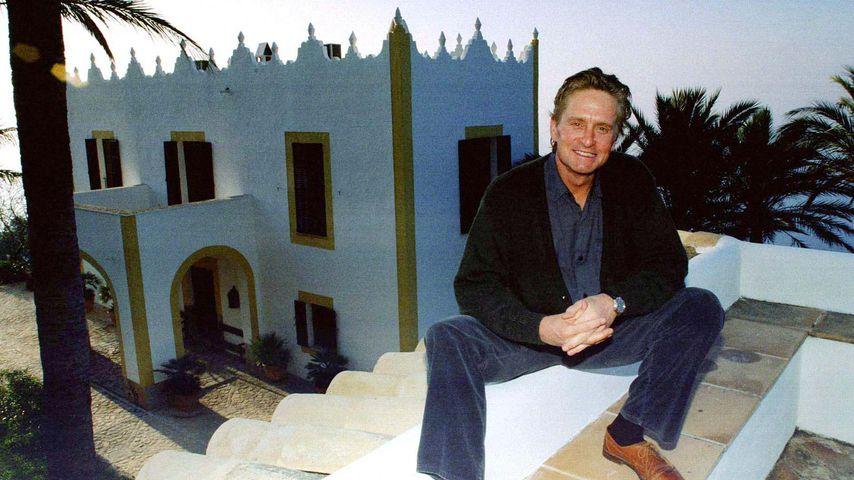 Michael Douglas, Juli 1998