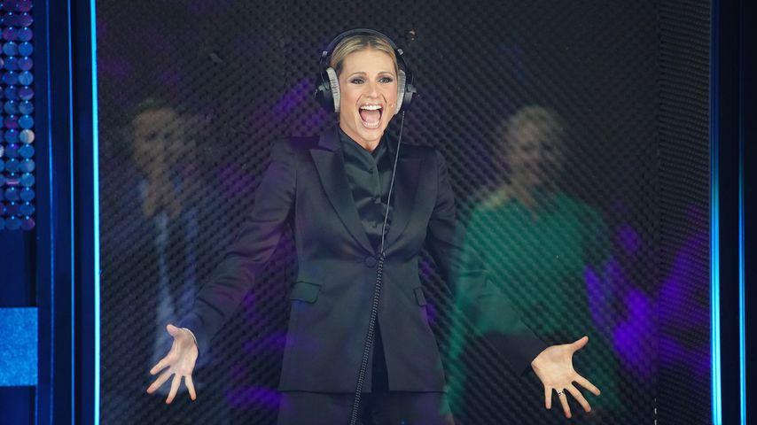 Freudentanz geht schief Michelle Hunziker platzt Hose im TV