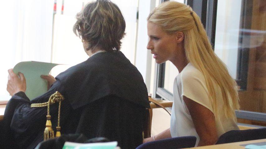 Michelle Hunziker im Gericht in Rimini