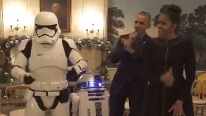 R2D2 im weißen Haus: Barack & Michelle Obama in Partylaune!