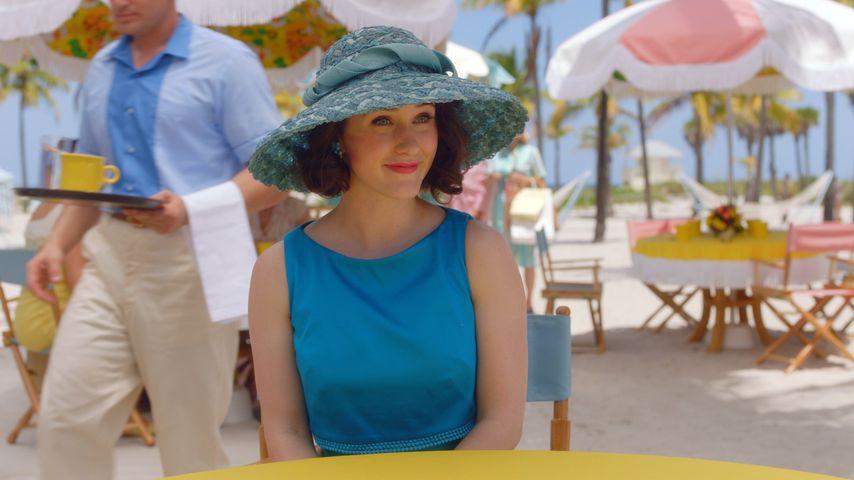 """Midge (Rachel Brosnahan) in """"The Marvelous Mrs. Maisel"""""""
