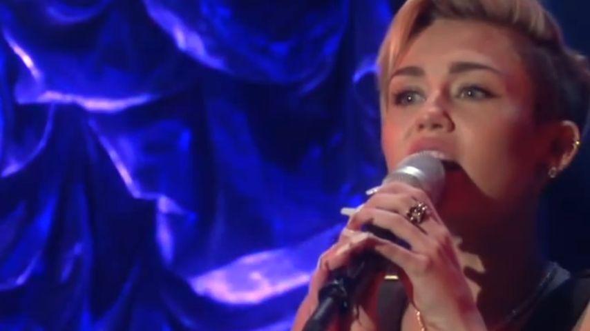 """Twerk-frei: So schön singt Miley """"We Can't Stop"""""""