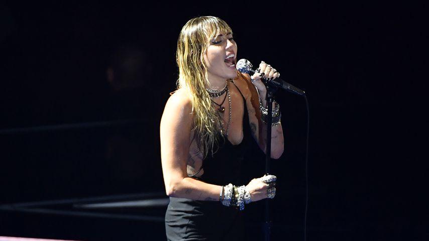 Nach Trennung: Miley Cyrus hat emotionalen VMA-Auftritt!