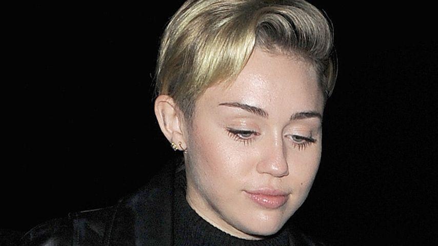 Noch immer krank: Miley darf nicht aus der Klinik
