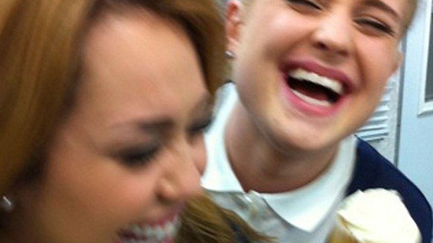 Nix da mit Diät! Miley Cyrus & Kelly hauen rein