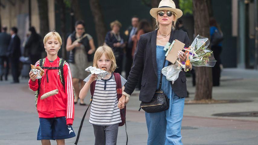 Naomi Watts mit ihren beiden Söhnen in New York