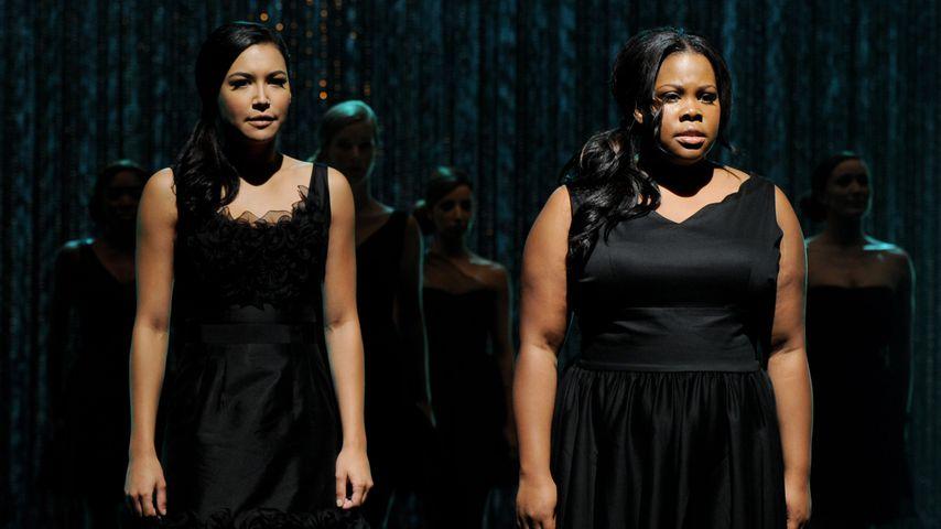 """Naya Rivera und Amber Riley in einer Folge von """"Glee"""" 2011"""