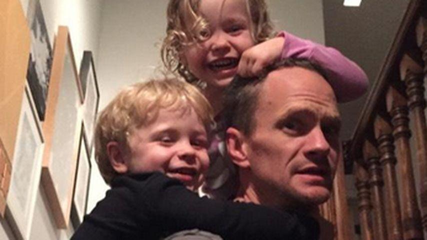 Attacke! Neil Patrick Harris von Kids überfallen