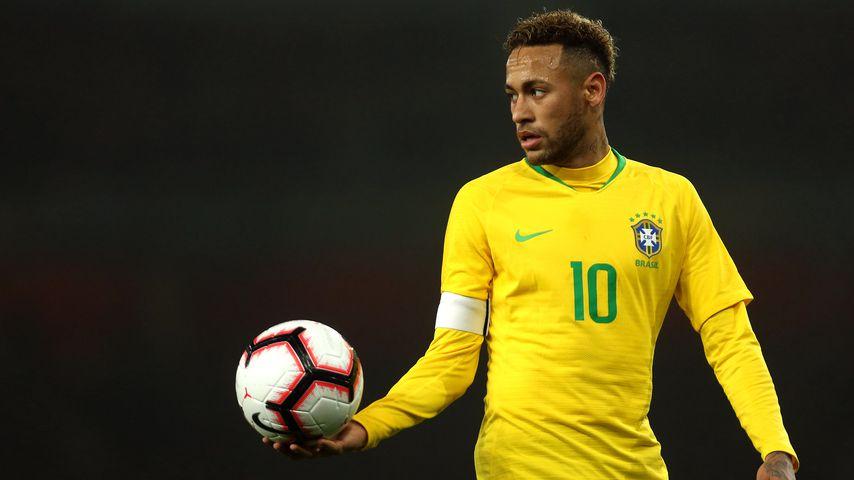 Anschuldigung & Anzeige: Neymar soll Frau vergewaltigt haben