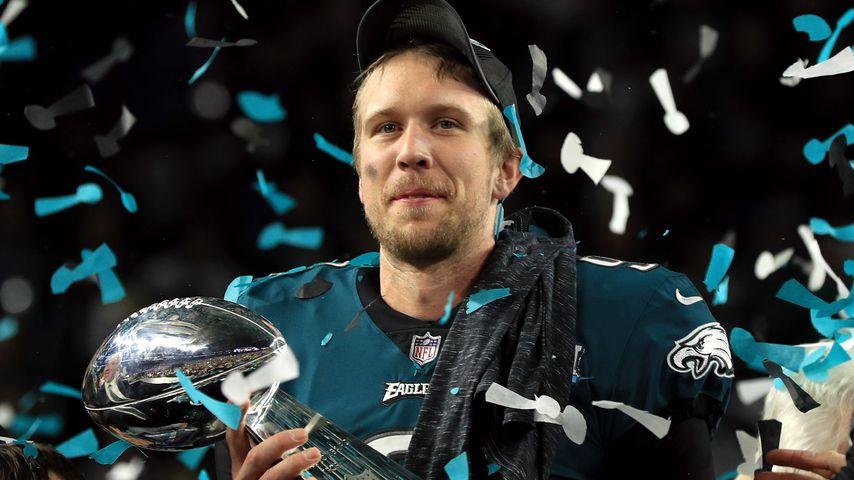 Nick Foles mit dem Super-Bowl-Pokal