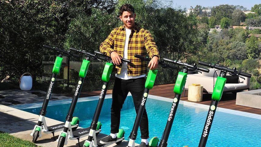Ein Roller für jeden: Nick Jonas feiert Junggesellenabschied