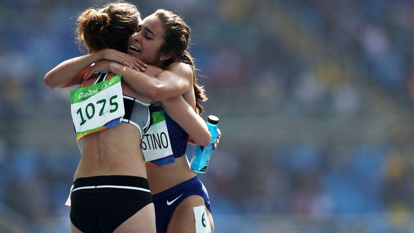 Die Olympioniken Nikki Hamblin und Abbey D'Agostino