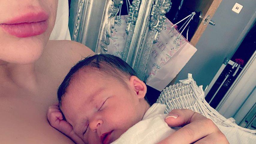 Nikki Manashe mit ihrem Baby