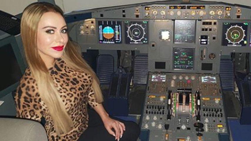 TV-Sternchen Nina Kristin will tatsächlich Pilotin werden!