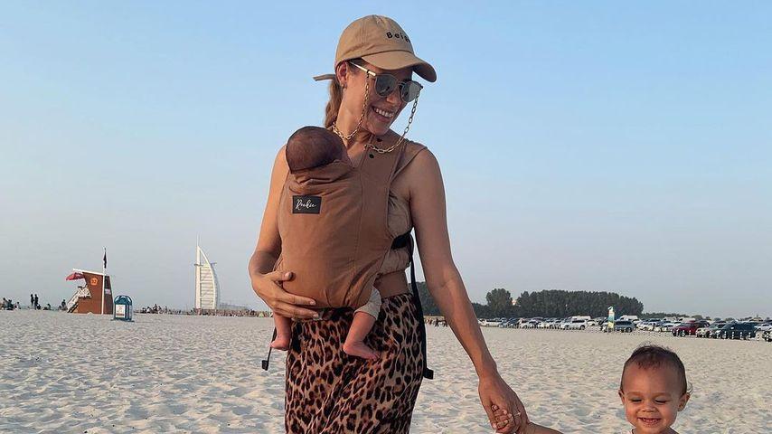 Nina Noel mit ihren Söhnen, 2021 in Dubai