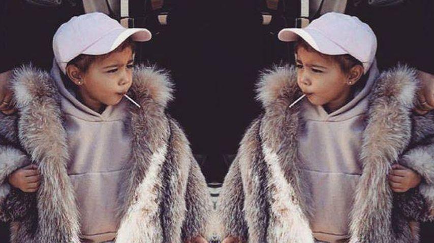 Lollipop & Fellmantel: Kimye-Tochter North West hat den Swag