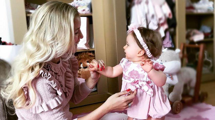 Mit 9 Monaten! Oksanas Baby Arielle trägt schon Flechtzöpfe