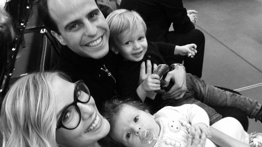Oksana Kolenitchenko mit ihrem Mann und den gemeinsamen Kindern, Mai 2019