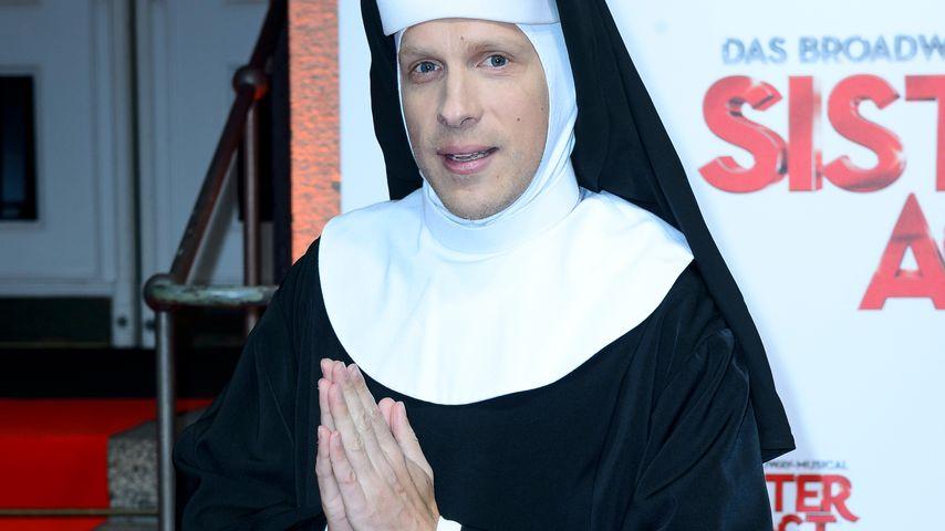 """Oliver Pocher bei der Premiere von """"Sister Act"""" in Berlin"""