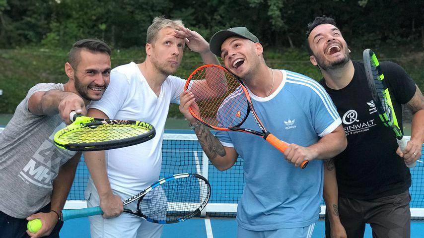 """""""Kerberisiert"""": Pocher, Pietro & Giovanni im Tennis-Fieber!"""