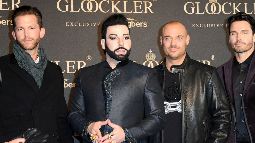 Im Glööckler-Style: Bachelor-Treffen auf Catwalk