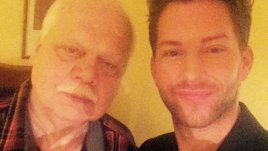 Party mit Papa: Bachelor Oli feiert Disco-Sause mit Vater