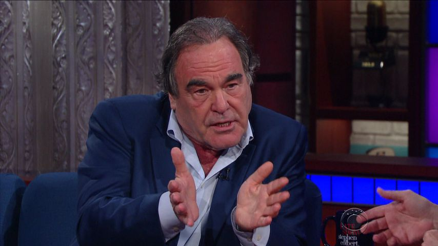 "Oliver Stone in der ""Late Show mit Stephen Colbert"""