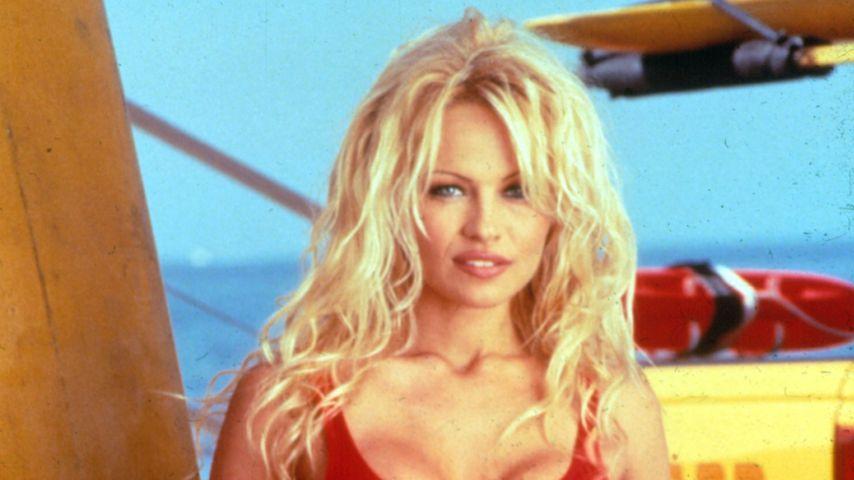 "Pamela Anderson in ""Baywatch"""