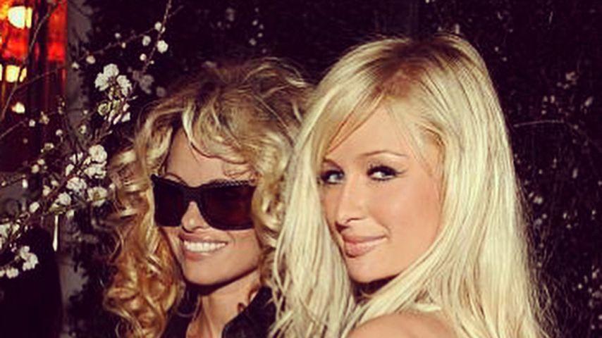 Zum 51. B-Day: Paris Hilton gratuliert BFF Pamela Anderson