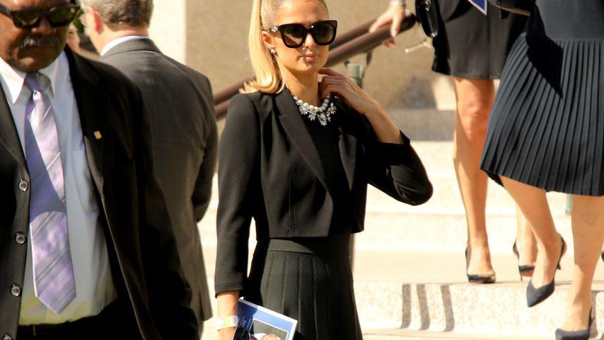 Paris Hilton auf der Beerdigung ihres Großvaters