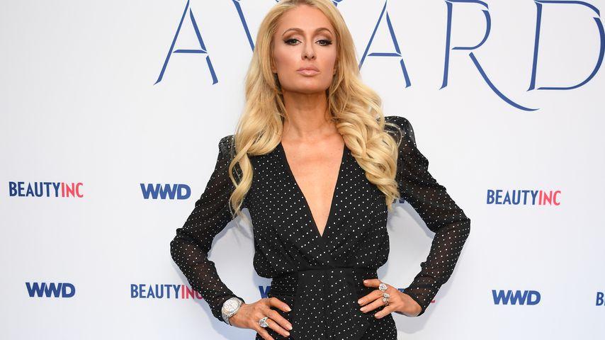 Paris Hilton bei den  WWD Beauty Inc Awards in NYC im Dezember 2019
