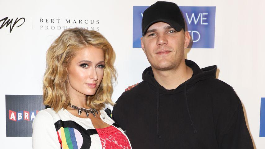"""Paris Hilton und Chris Zylka auf der Miami-Premiere von """"What We Started"""""""