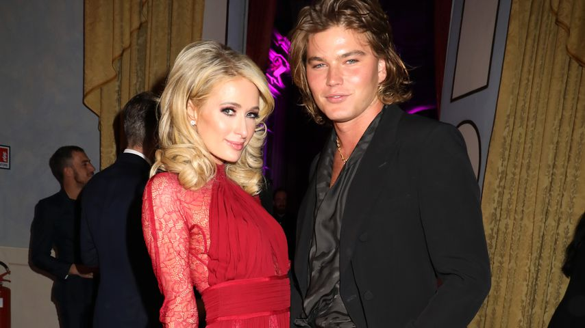 Datet Paris Hilton nach Trennung Male-Model Jordan (22)?