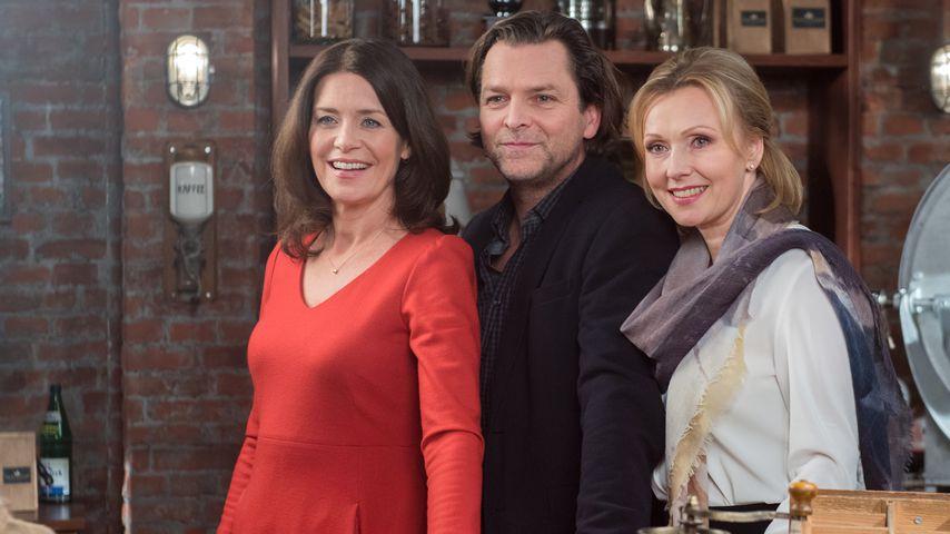 """Patricia Schäfer, Jörg Pintsch und Dana Golombek in """"Rote Rosen"""""""