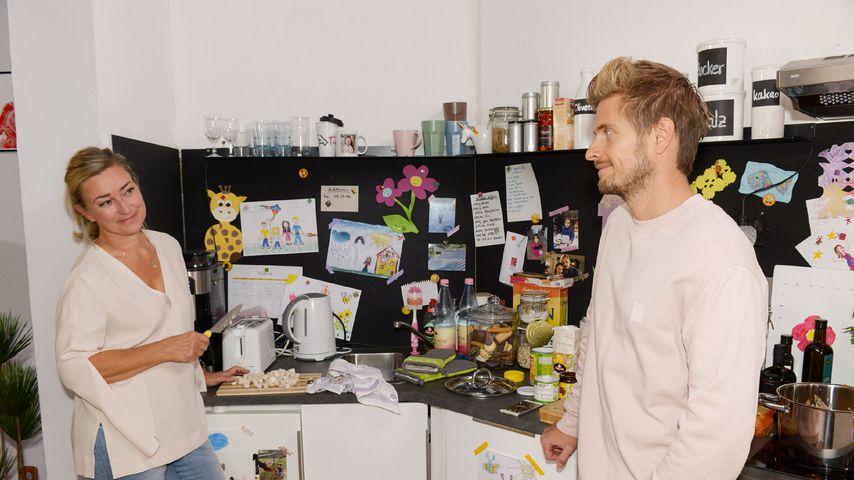Patrizia (Birgit Würz) und Philip (Jörn Schlönvoigt)