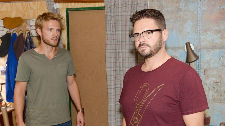 Paul (Niklas Osterloh) und Tuner (Thomas Drechsel) in einer Szene bei GZSZ