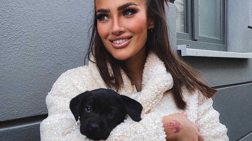 Paulina Ljubas mit ihrem Hund Ghost