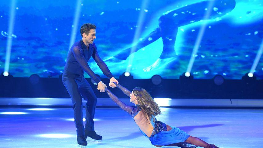 "Peer Kusmagk und Kat Rybkowski bei ""Dancing on Ice"""