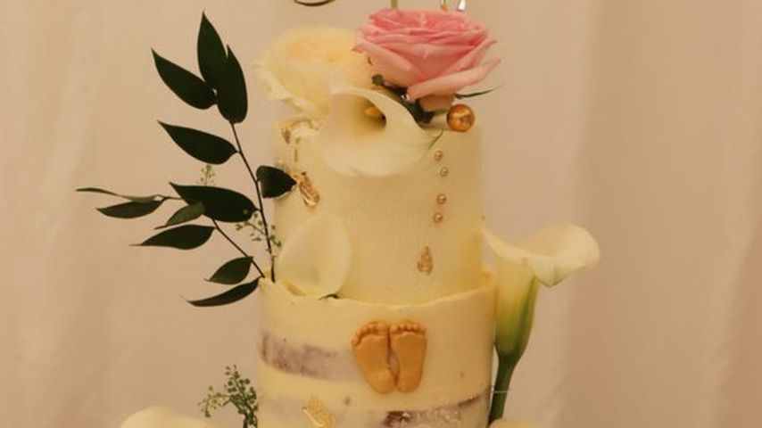 Perrie Edwards Babyparty-Torte