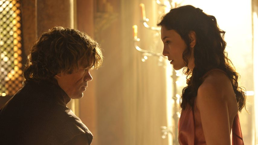 "Peter Dinklage (Tyrion Lannister) und Sibel Kekilli (Shae) in ""Game of Thrones"""
