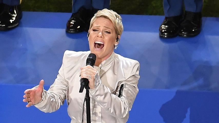 Pink singt Nationalhymne beim Super Bowl 2018