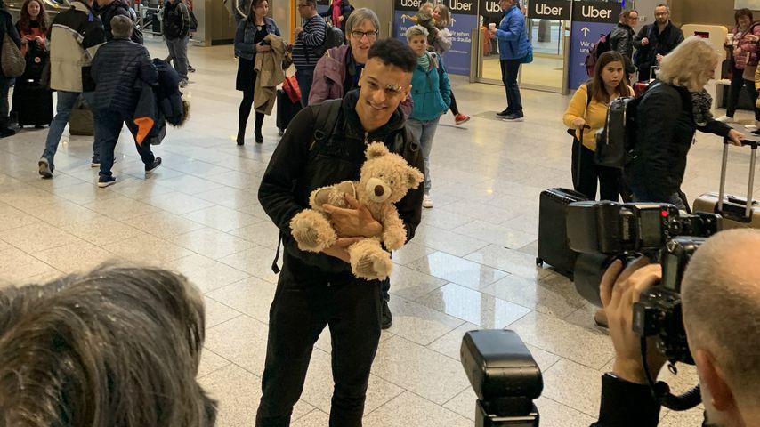 Prince Damien am Frankfurter Flughafen, Januar 2020