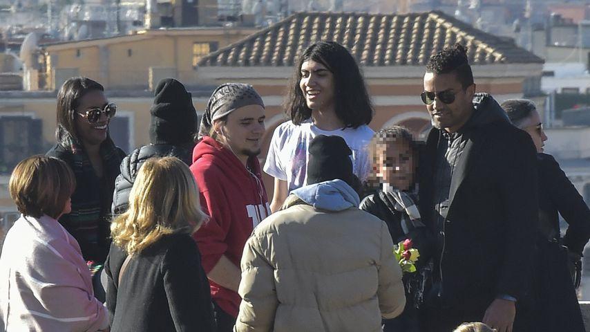 Prince und Blanket Jackson (m.) beim Sightseeing in Rom