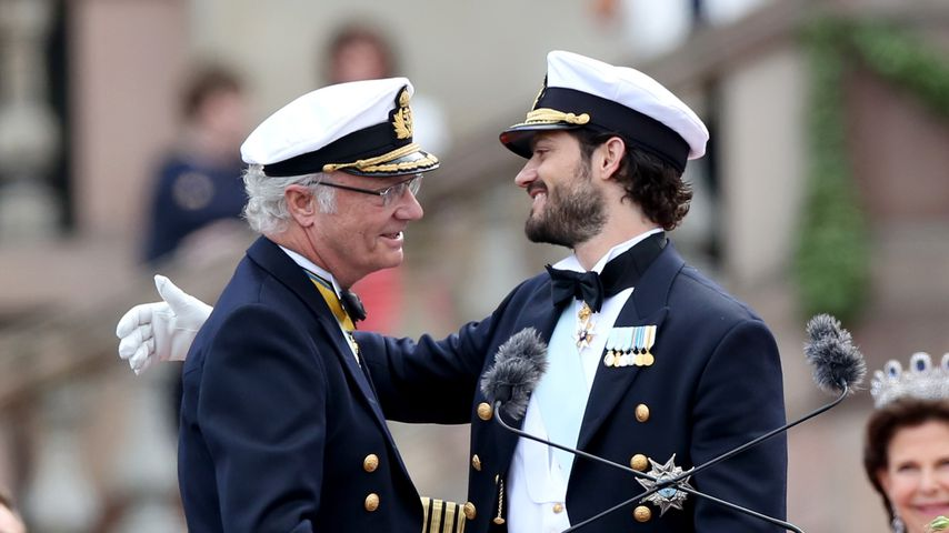 Süßes Kinderbild: Prinz Carl Philip gratuliert seinem Vater