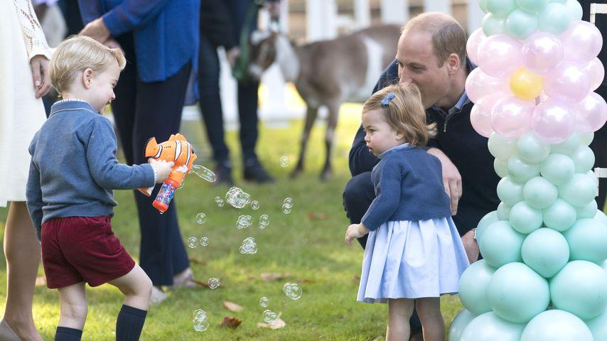 Prinz George, Prinzessin Charlotte und ihr Vater Prinz William