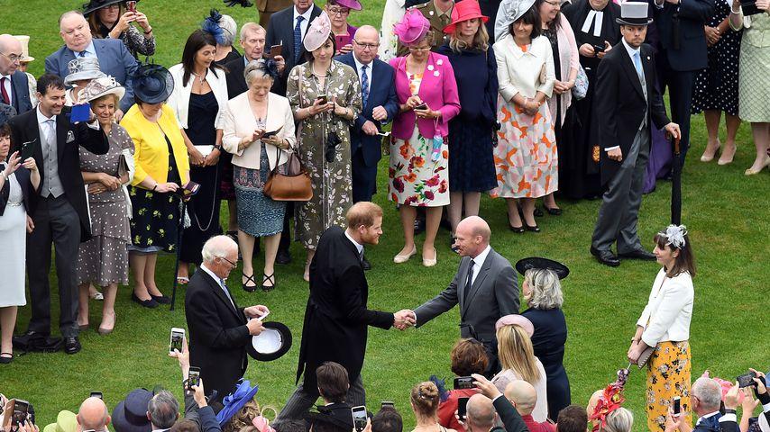 Prinz Harry bei einer Gartenparty im Buckingham Palast im Mai 2019