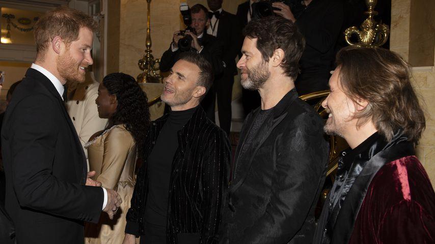 Am Tamburin: Prinz Harry stand mit Take That auf der Bühne